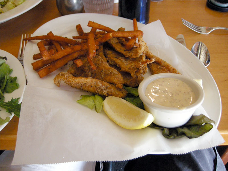 Restaurant review hugo 39 s restaurant los angeles for Gluten free fish and chips