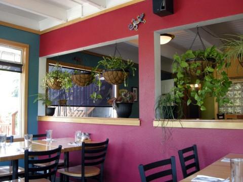 pizza-garden-interior-dscn4439