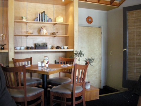 Hugo's West Hollywood Restaurant Interior