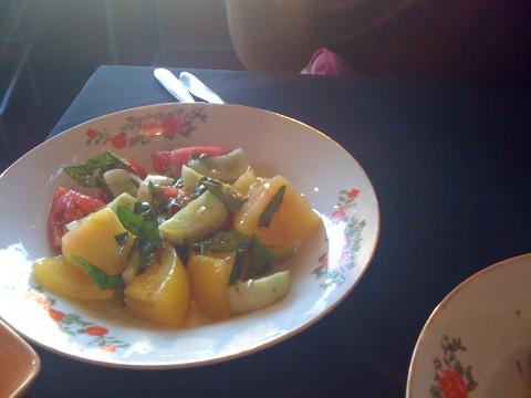 gluten-free tomato and cucumber salad