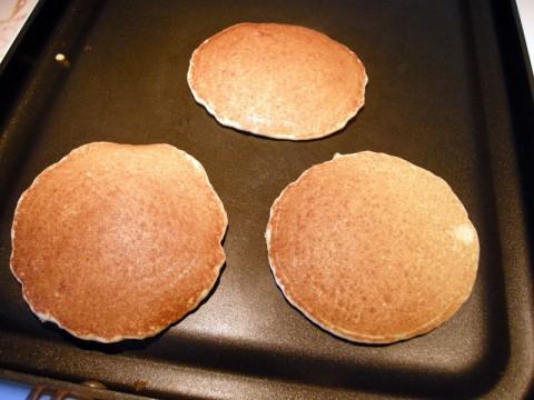 Cooking Gluten Free Pancakes